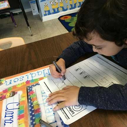 wee-care--best-preschool-learn-to-write